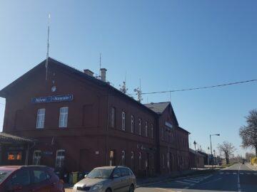 Návsí železniční stanice
